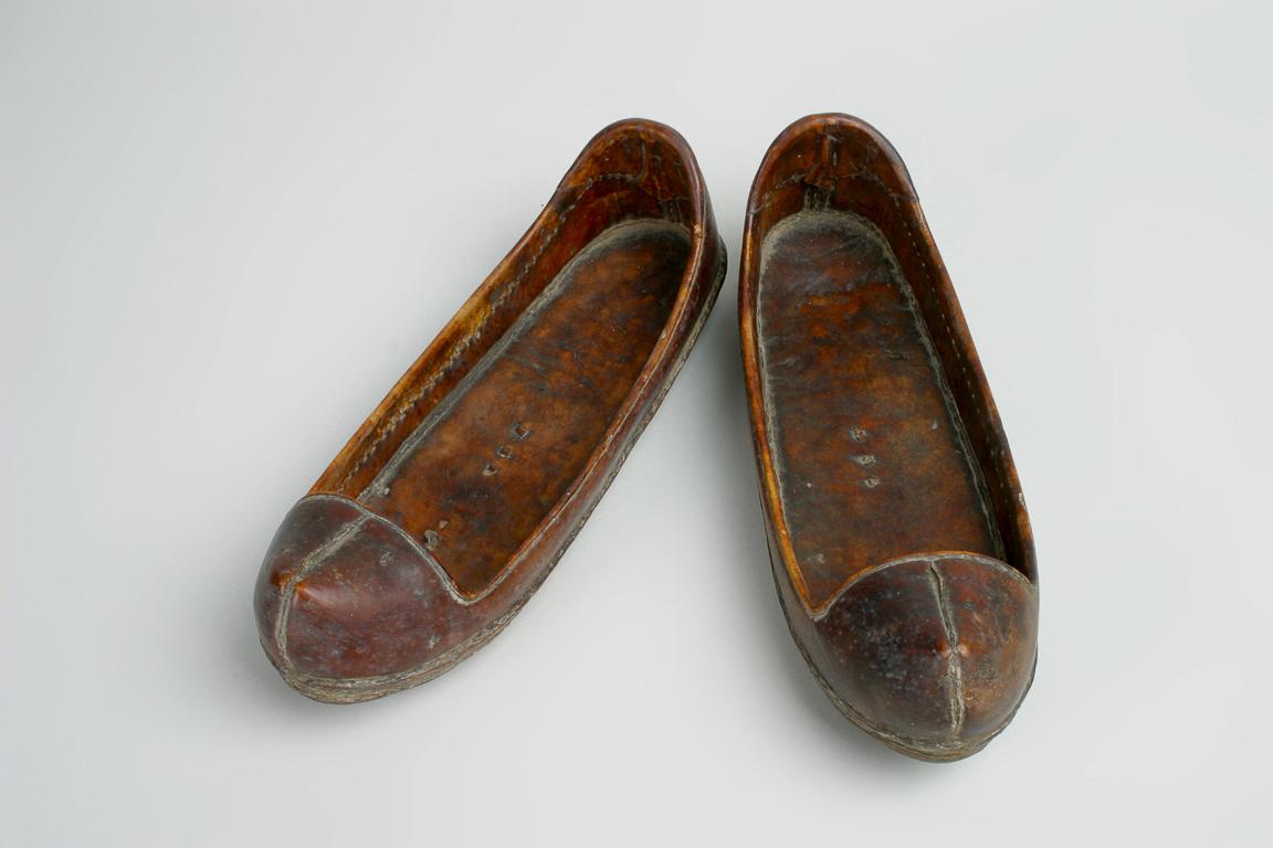 진신(油鞋)